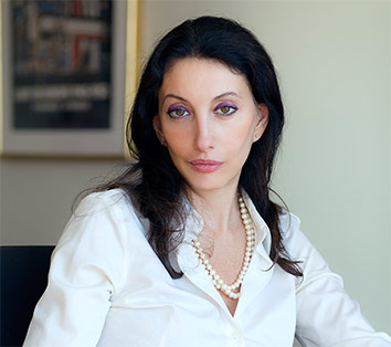 Real estate lawyer and business law attorney in NYC - Alisa Sondak
